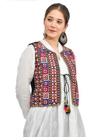 Women Casual Wear Sleeveless Embroidered Koti Jacket