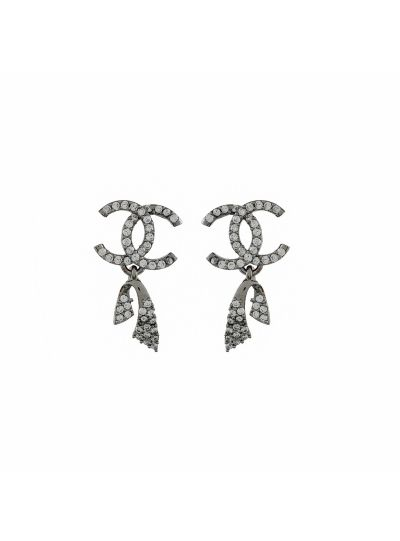 White Cubic Zirconia Fashion Stud Earring for Women