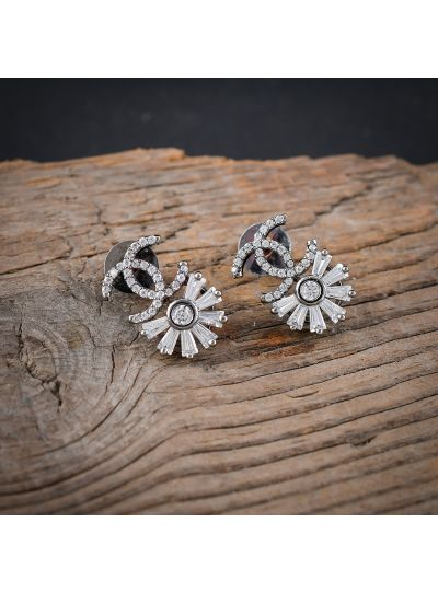 Indian Handmade White Cubic Zirconia Floral Baguette Stud Earring for Women